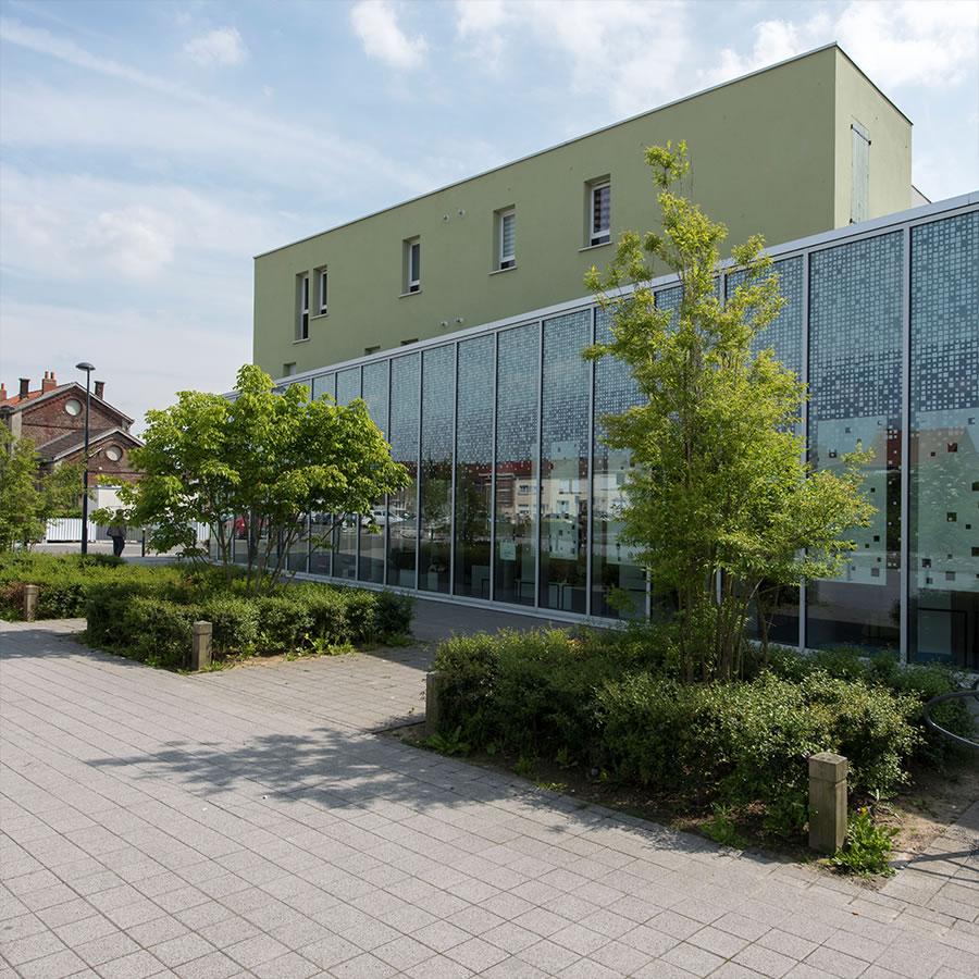 IDM Library - Médiathèque Carvin - Extérieur