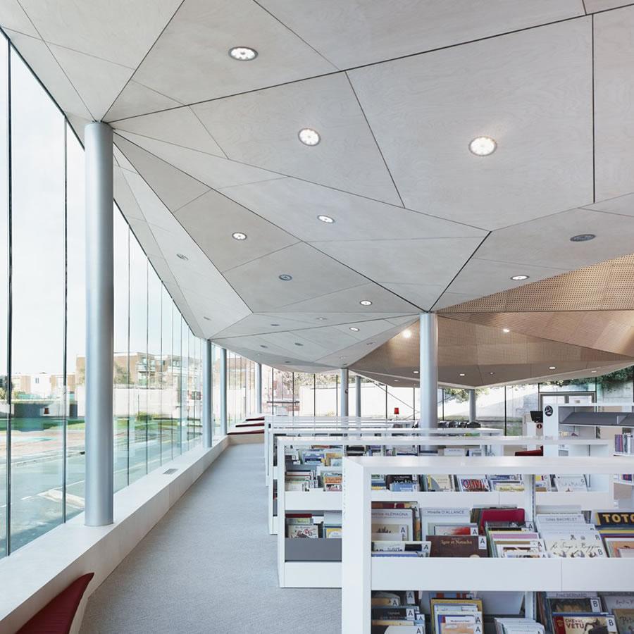 IDM Library - Médiathèque de la Madeleine - Rayonage BK3