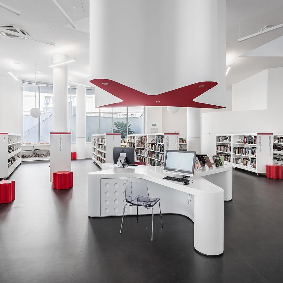 IDM Library - Médiathèque La passerelle Vitrolles - Bureau Espace Travail