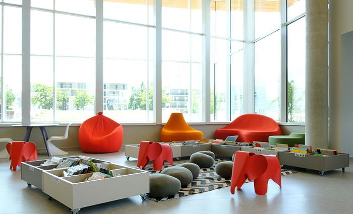 IDM Library - Mediathèque Le mix Mourens - Espace enfant siège Elephant