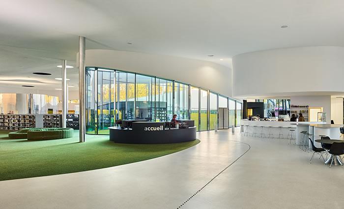 IDM Library - Médiathèque Puzzle - Espace accueil