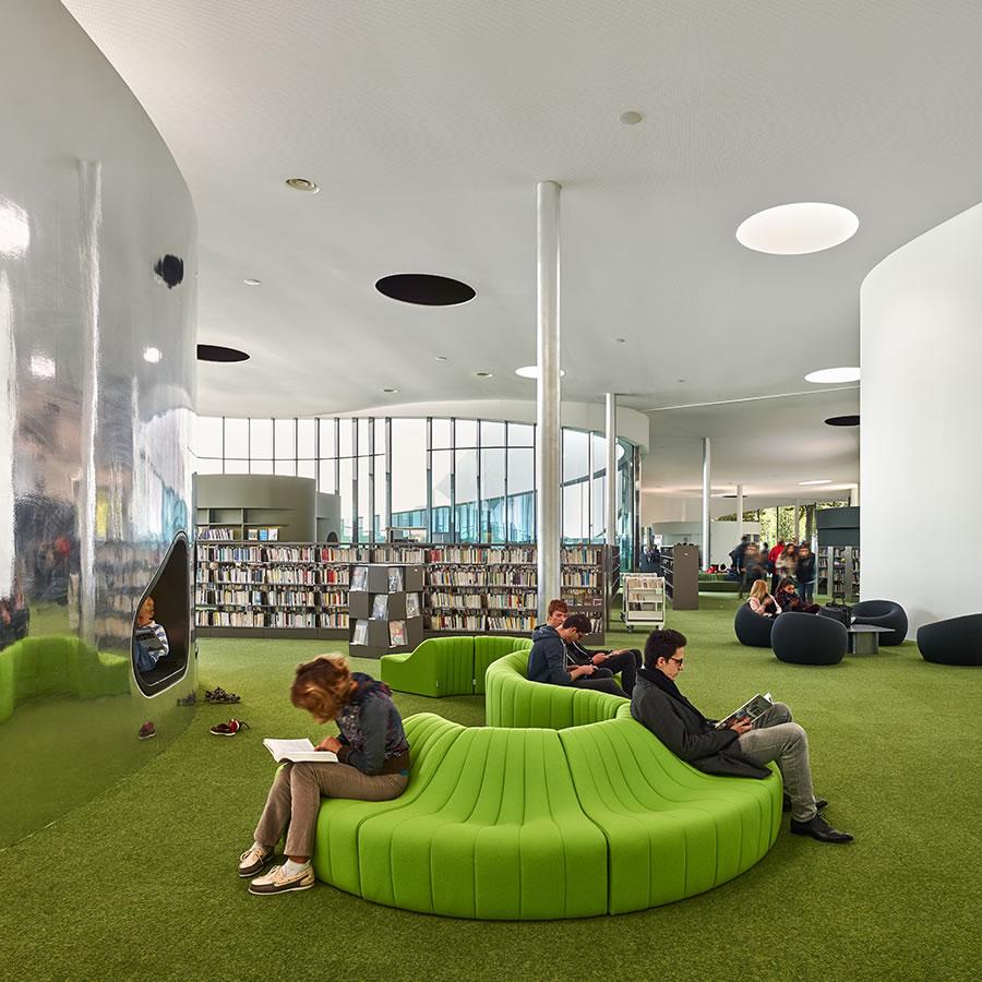 IDM Library - Médiathèque Puzzle - Espace lecture