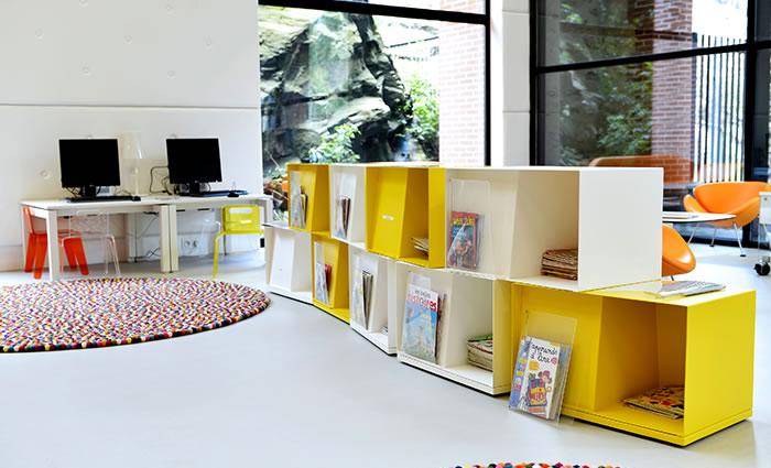 IDM Library - Mediathèque Victor Jara Couëron - Wallbox livres enfant